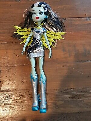 Voltageous Frankie Stein Monster High Power Ghouls Doll