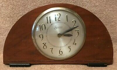 Vintage Sessions Self Starting Electric Wooden Mantle Clock - As Is
