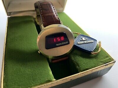 jaeger lecoultre led digital solid state electronic movement  swiss wristwatch