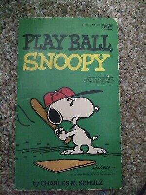 play ball snoopy Snoopy comic book for children in good condition