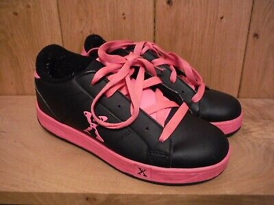 Sidewalk Sports Heely's Kids black and pink trainers UK 4 (042)