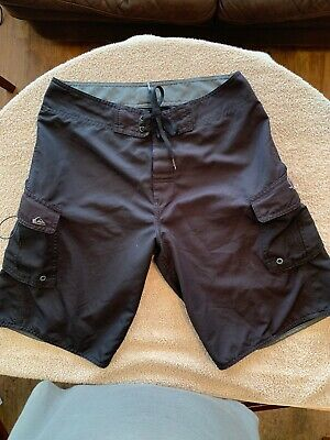 165fdd1414 Quiksilver Men's Classic Yoke Basic Surfing Boardshorts Swim Trunks Sz 32