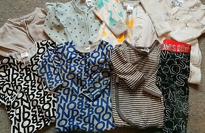 Size 0 Boys Bonds Bundle. 7 Items Zippies And Pants