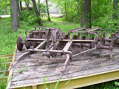 """Vintage Ihc / Burch Plow Co Tractor - Fast Hitch Disc - 90"""" Wide- 29"""" W  Prongs"""