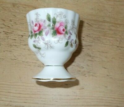 Royal Albert Bone China Egg Cup Lavender Rose Pattern Great Condition