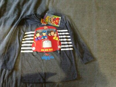 wiggles winter T kids size 2