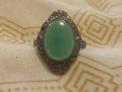 Lovely antique sterling silver and marcasite ring with green stone, very pretty
