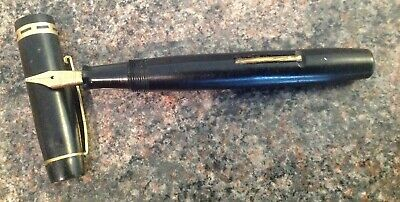 KINGSWOOD BLACK WITH GOLD COLOUR TRIM FOUNTAIN PEN WITH 14ct GOLD NIB
