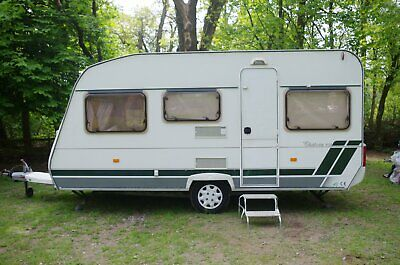 Lunar Chateau 450 Caravan 4 berth - 2007 VGC with Awning