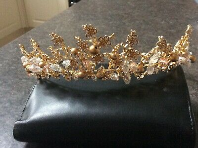 Gold tone tiara with pearls, crystal and beads