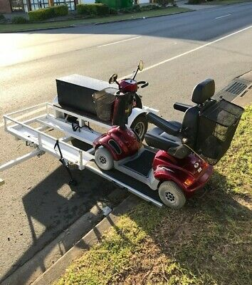 Heartway PF2S mobility scooter with side loading trailer