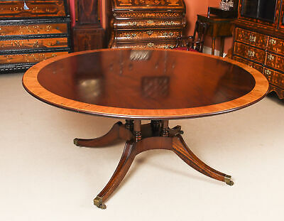 "Vintage 5 ft 6""  Round Mahogany Table by Millwood Cabinet Makers 20th Century"