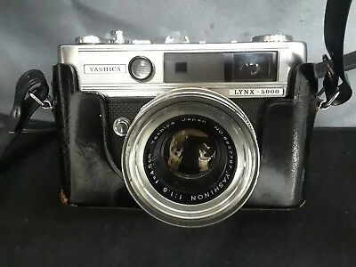 Vintage Yashica Lynx 5000 35mm Camera w/ 45mm 1:1.8 Lens and Case