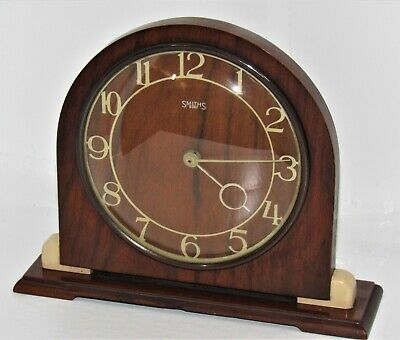 Very Nice Art Deco Smiths 1930's 8 Day Mantle Clock In A Wooden Case