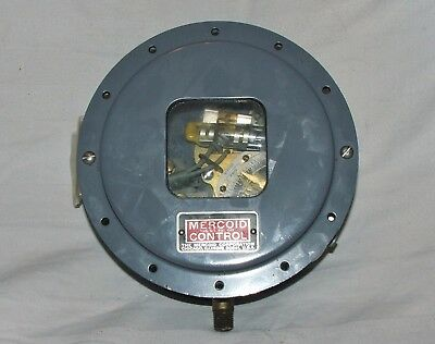 NEW MERCOID CONTROL PRESSURE CONTROL SWITCH TYPE PG-3  120//240 VOLT