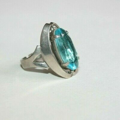 VINTAGE ART DECO to 1950s LARGE OVAL CUT 'SWISS BLUE' CRYSTAL SOLITAIRE RING