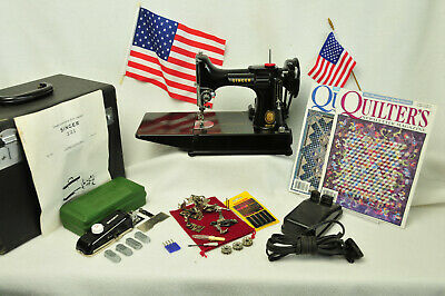 Singer Featherweight Sewing Machine*Accesories, Manual, Just Serviced,Extras