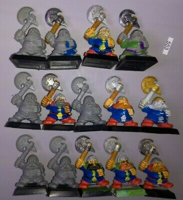 14 Dwarf Warriors w/ Axes old Style PLASTIC Dispossessed Dwarves Warhammer