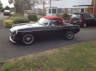 MGB ROADSTER (Something Special)