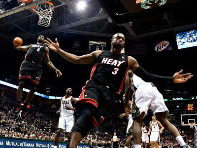 LeBron James Dwyane Wade Alley-oop NBA Gigantic HD Photo Print Poster