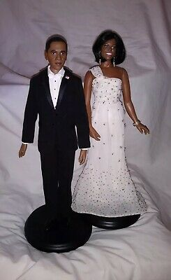 PRESIDENT BARACK OBAMA /& MICHELLE SHARE PRIVATE MOMENT EE-101 8X10 PHOTO