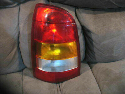2001 2002 2003 2004 saturn lw wagon right tail light wiring tail light socket got a brake light out? fix it in under