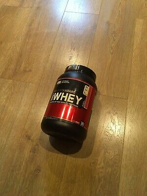 ON gold standard whey protein Delicious Strawberry 908g 30 Servings