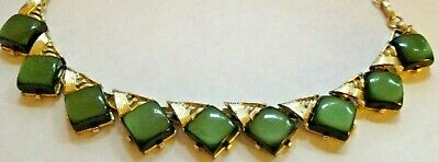 Coro Vintage Gold Tone Metal Chain Deep Green Thermoset Necklace Signed