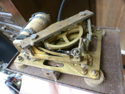 Electric clock movement for spare parts / repairs