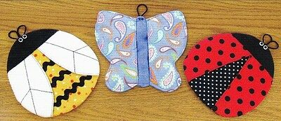 New Pattern Bugs Potholders For The Kitchen