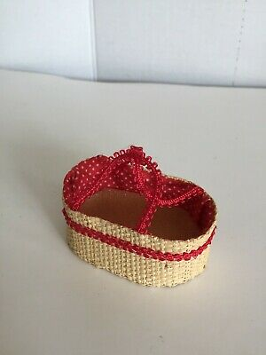 Dollhouse Miniature Woven Straw Basket w//Handle 1:12 Scale Mexican Import #B105