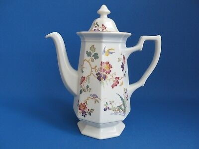 """Wedgwood Coffee Pot """"Devon Rose"""" Georgetown Collection Full Size - Excellent"""