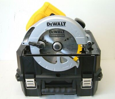 DeWALT DWE560K Compact Circular Saw 240v in Carry Case
