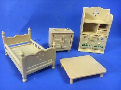 Sylvanian Families Bedroom Kitchen Furniture Bed Sink Desk Table House Hotel