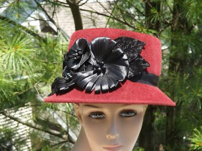 75b77e143d83c6 NWOT Louise Green Red Cloche Hat Black Embellished Flowers Size Large