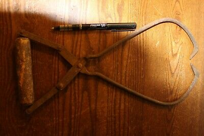 Very Nice Antique Wood Handle Ice Tongs
