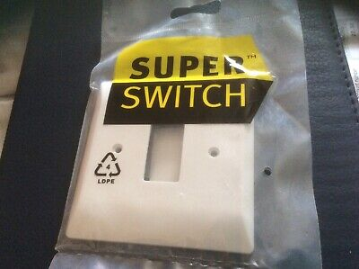 Superswitch 3 Gang Front Plate White SW543