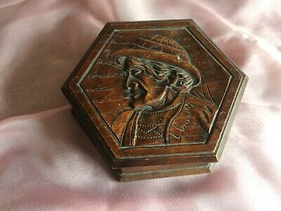Vintage signed  carved wooden box made in Dourananez in France