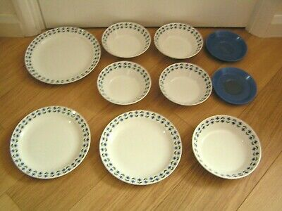 Midwinter Roselle: Dinner plates / Soup Bowl / Cereal Bowls / Saucers (TW18)