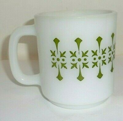 Vintage / Retro Green Atomic Milk Glass White Coffee Mug Cup D Handled Old RARE