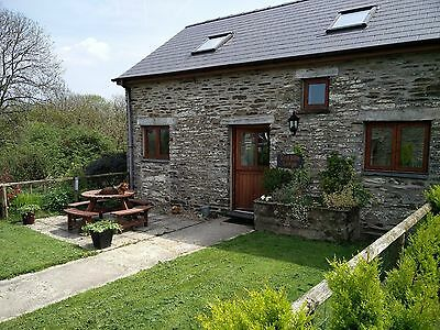Pembrokeshire Wales lovely stone cottage 2nd November 7 nights. 4* Dog friendly
