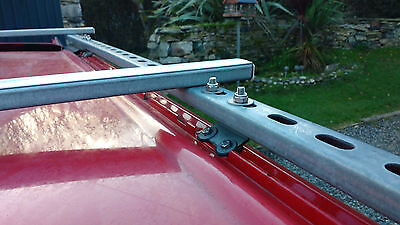 Isuzu Trooper 3.0TD LWB Roof rack bracket kit - Uni strut