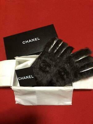 AUTH CHANEL CC Logo Gloves Black Silver Fur Leather NEW without Tags From Japan