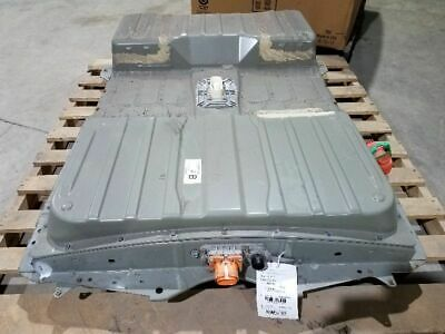 Nissan leaf Lithium-ion Battery Pack solar or swap 2015 12 bars super low miles