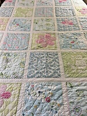 Pottery Barn Kids Hand Crafted & Quilted Vintage Applique  Flower Power Quilt