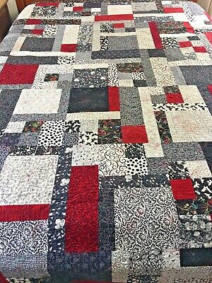"""Vibrant Graphic Vintage Handmade Abstract Quilt 105"""" X 91"""" King Size"""