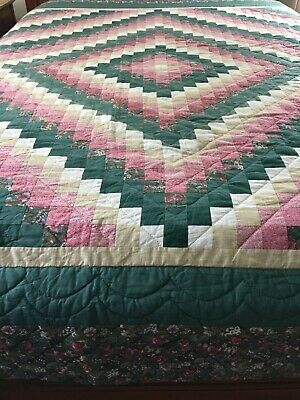 "Omg! Vintage Handmade Trip Around The World Quilt Hand Quilted 109"" X 98"""