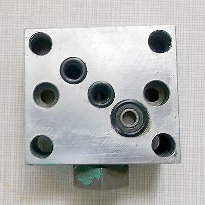 Hydraulic Directional Control Valve Sub Plate G06 809 3-1