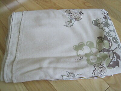 Vtg California Hand Prints Tablecloth Grapes