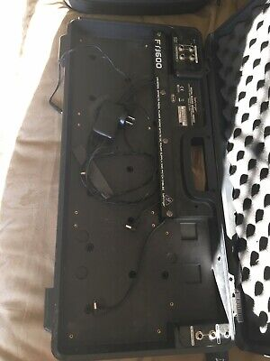 Behringer PB600 Powered Pedalboard Pedal Board Lightly Used